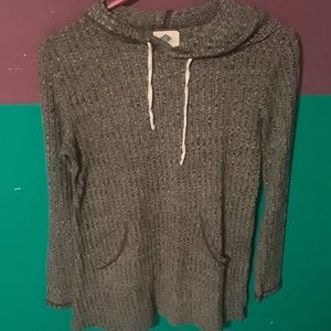 Rue 21 pull over, long sleeve.
